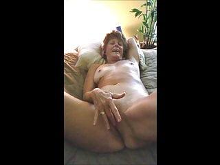 sexy redhead texas gilf fingers her pussyHD Sex Videos