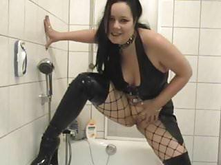 piss in die wanne