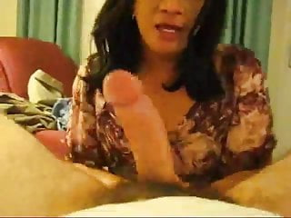Sucks big white cock and swallows the cum...