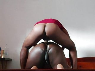 Sri lankan cub hard fucking a chubby bottom