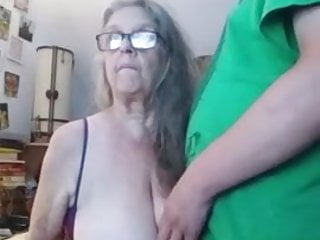 Looking for sex with grany