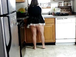 Sexy bbw maid upskirt...