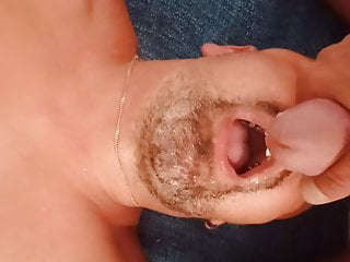 mon Mon  mec avale sperme
