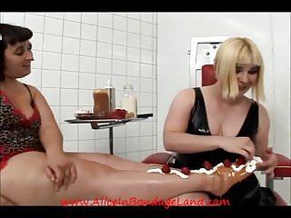 Bbw birthday foot cake femdom sploshing wet messy...