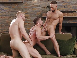 سکس گی ROYAL FLUSH - Skyy Knox, Zayne Roman & Logan Stevens hd videos group sex  big cock  bareback  anal
