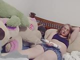 Moaning genderqueer cums in her boxers with Hitachi