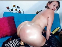 BIG BUTT WEBCAM 135