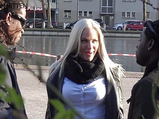 lara cumkitten - bbc on blondePorn Videos