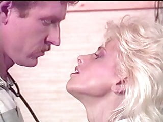 Tammy Reynolds – Hot Blondes sc4 (1990)