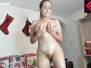 Sara Enjoyable flash boobs