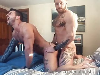 Muscled men fucked in bed
