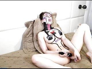 Nude Bodypainting Slut Masturbates with Dildo