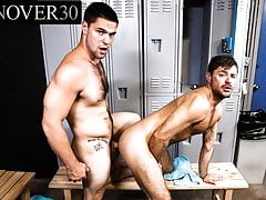 Hairy Hunk Sucking A Big Dick In The Locker Room - MenOver30