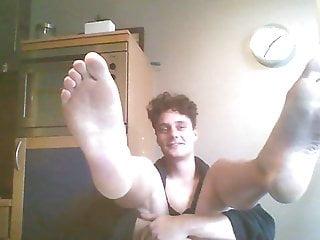 Webcam Boyfeet and unclothing