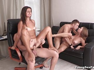 Young Sex Parties Fidanzate scopate come troie