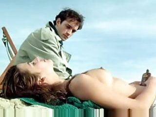 Sophie Marceau adore her