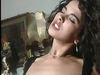 Visioni Orgasmiche Full Movie (Moana Pozzi, Angelica Bella)