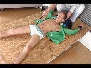 Bdsm slaveboy punished 6 jungs...