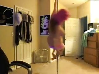 weird amature pole dance