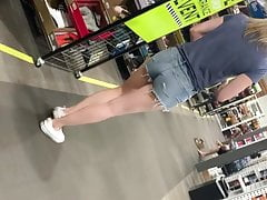 White MILF in lil Jean shorts