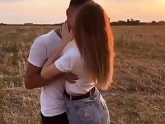 #Hot girlfriend and boyfriend kissing video#