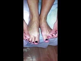 my gf creamin her sexy feet