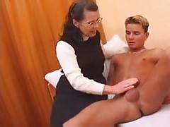 Anyjával szexelt a kanos fia