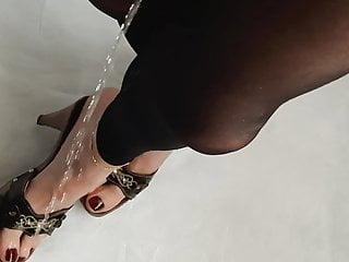 Slut piss on feet and high heels...