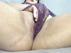 big pussy masturbated in close-up