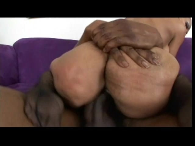 Lesbian Pussy Eating Dildo