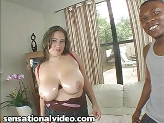 Latina BBW Selena Castro Loves to Fuck Big Black Cocks