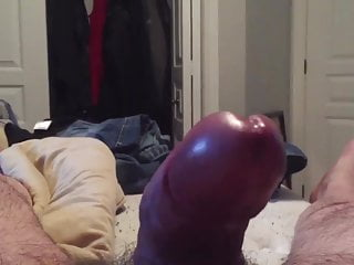 JERKING OFF MY THICK LEBANESE COCK AND CUM