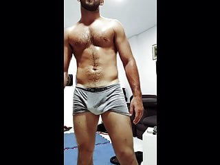 SWEATY GYM HUNK WORKING OUT COMPILATION – HAIRY VERBAL ALPHA