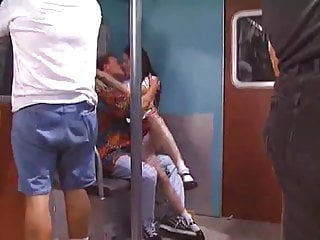 Teensex in Downtown Train