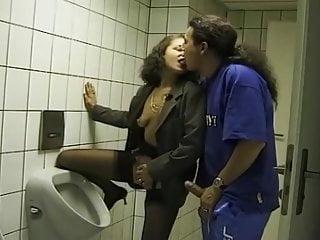 Urin-Genuss! (1990's) – Scene 08 – Magma Wet – Pissing