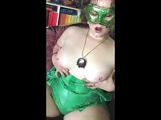 Hotvixenwifey Sex and Showing Off