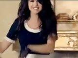 Selena Gomez - Tell Me Something I Don't Know