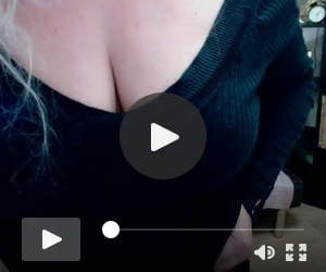 SonyaHot Busty Blonde  On Webcam