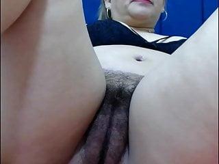 Hairy mature cunt close-up, amateur
