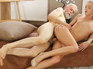 Old4k mature guy with beard impales blonde disciple...