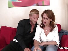 he picks up big tits boozed mature woman for playfree full porn