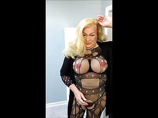 NSFW SEP   02 UNWIG in      black bodystocking Blonde 2019
