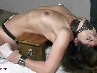 Changing nipple clamps
