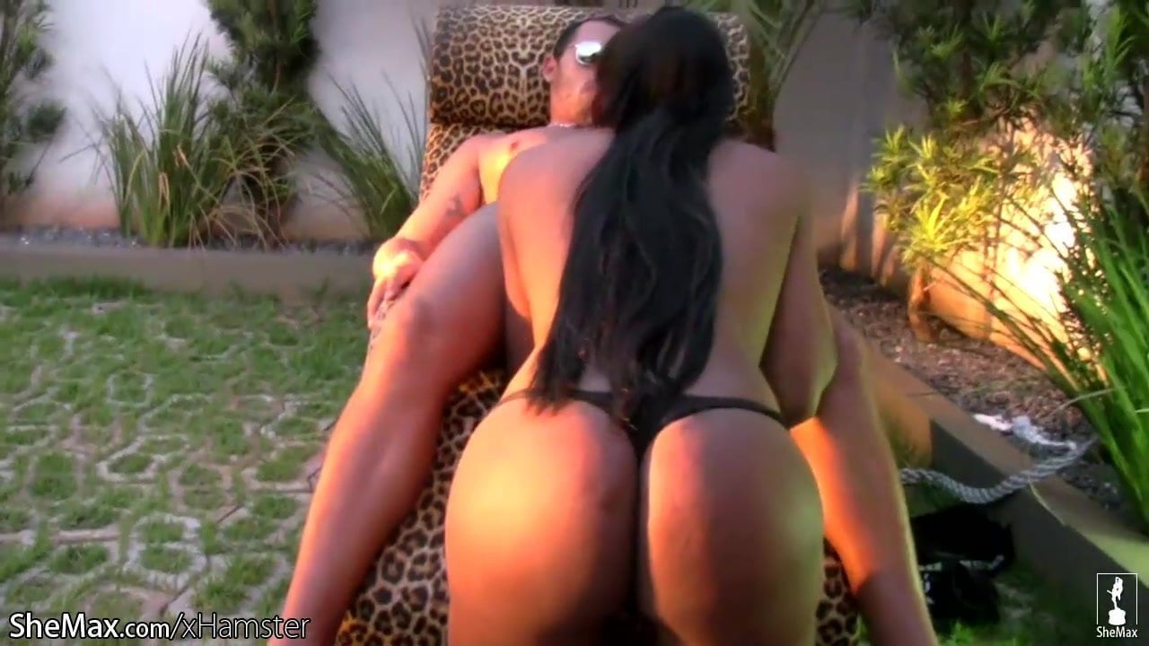 Ebony Blowjob Cum Mouth