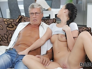 DADDY4K. Aroused sexy permits BFs daddy to bang her greedy
