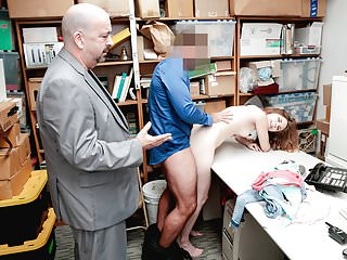 Shoplyfter – Teen Arrested And Fucked In Front Of dad