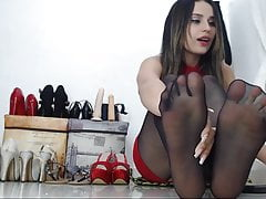 Tanyasmirnov Spreads Her Toes In Pantyhose