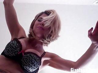 Us giantesses will crush you giantess video...