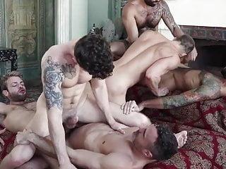 Rafael Alencar destroys Tanner Tomas' ass