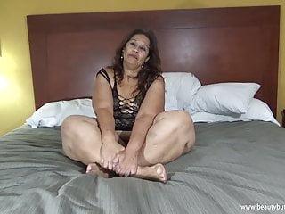 Laura hernandez big legs...